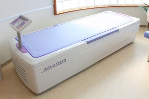 ベッド型マッサージ器の写真